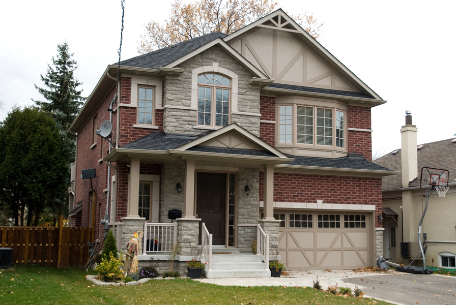 Exteriors custom home builder in toronto and the gta for Custom house builder online
