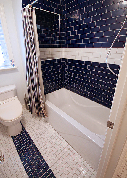 Serenity_Custom_home_builder_toronto_bathroom_16