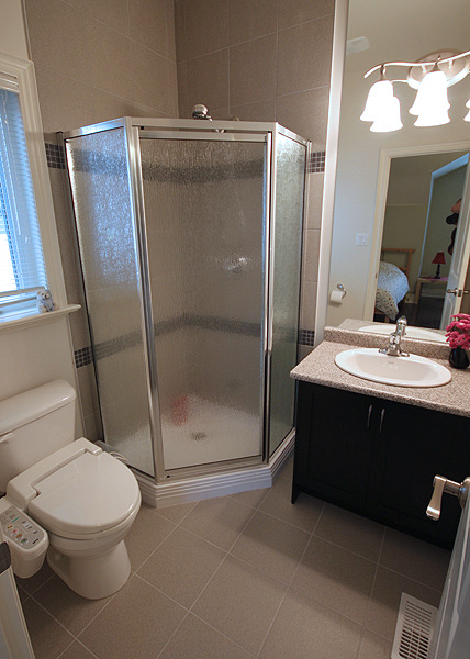 Serenity_Custom_home_builder_toronto_bathroom_25