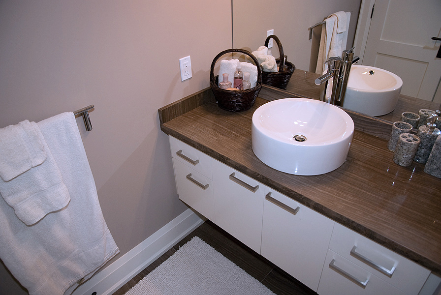 Serenity_Custom_home_builder_toronto_bathroom_37