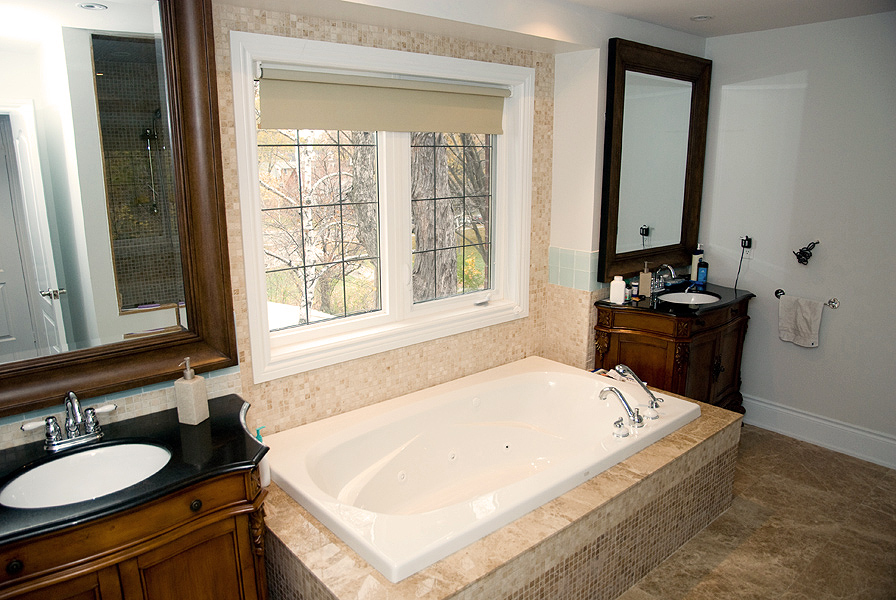 Serenity_Custom_home_builder_toronto_bathroom_39
